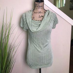 Beautiful shimmering pendleton blouse w cowl neck